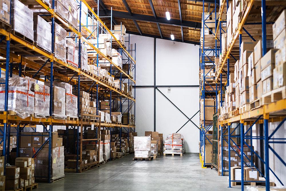 Kitting warehouse